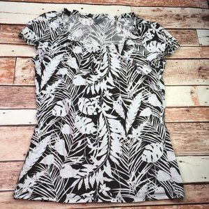 🐙 Ann Taylor Black White Cream Leaf Print Blouse